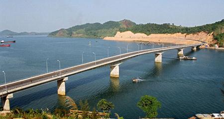 Việt Nam mở đặc khu kinh tế như Thâm Quyến?