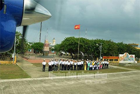 Thủy phi cơ, đầu tiên, Trường Sa