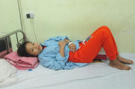 Cảm động người mẹ hơn 10 năm bán máu nuôi con - Ảnh 2