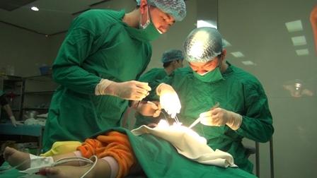 bệnh viện, Thu Cúc, phẫu thuật, nhân đạo