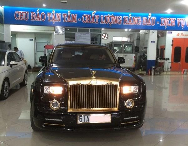 Đại gia Việt mạ vàng siêu xe Rolls-Royce Phantom