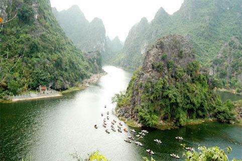Ngỡ ngàng trước thắng cảnh Ninh Bình