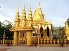 Cận cảnh 9 ngôi chùa 'dát vàng' đại gia Trầm Bê xây dựng