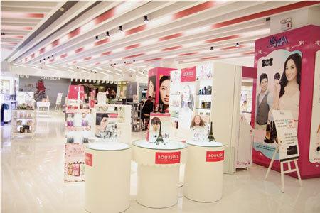 Trung tâm mua sắm hàng đầu tại Thái Lan đến Việt Nam