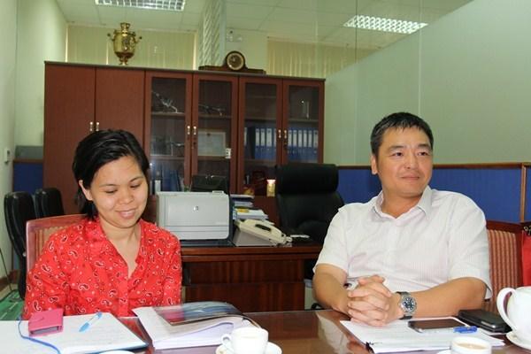 Tiếp viên VietNam Airlines; hải quan; an ninh sân bay: buôn lậu; hàng xách tay; Nguyễn Sơn