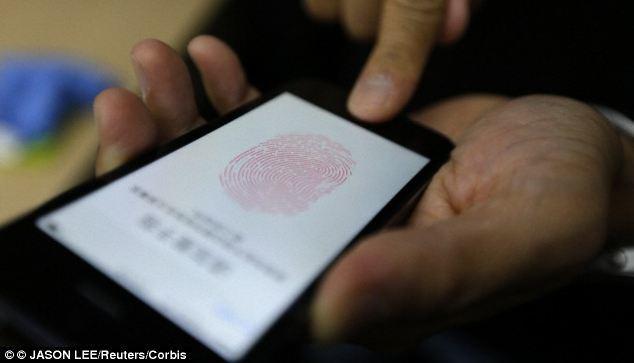 Máy quét vân tay của Samsung Galaxy S5 đã bị hack