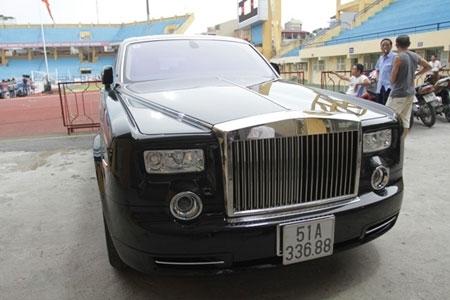 siêu-xe, Rolls Royce, Cường-đôla, Dương Thị Bạch Diệp, biển sổ, Dũng 'mặt-sắt', bầu Kiên