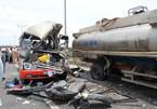 Tai nạn thảm khốc trên cao tốc, lái xe nghe điện thoại?