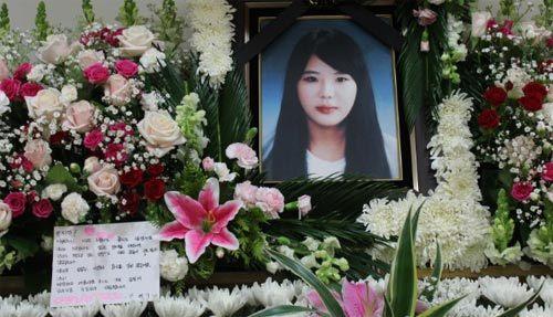 Hàn Quốc, phà chìm, Sewol, Park Jee Young, người hùng, ca ngợi