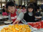 Ngạc nhiên với bữa ăn trưa trong trường học Nhật Bản