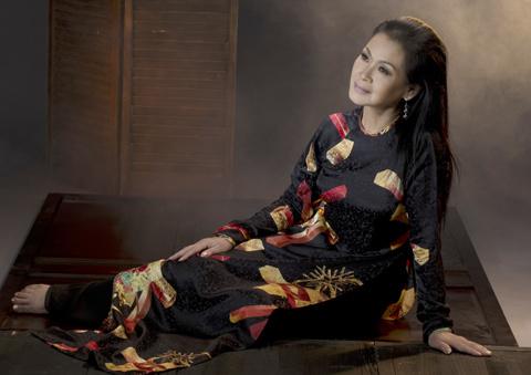 Tại sao Khánh Ly hát ở Hà Nội mà không phải Sài Gòn?