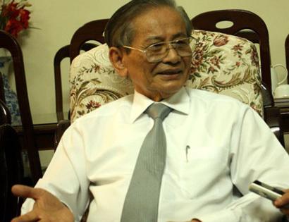 môn sử, GS Phan Huy Lê, thi tốt nghiệp, đổi mới, SGK