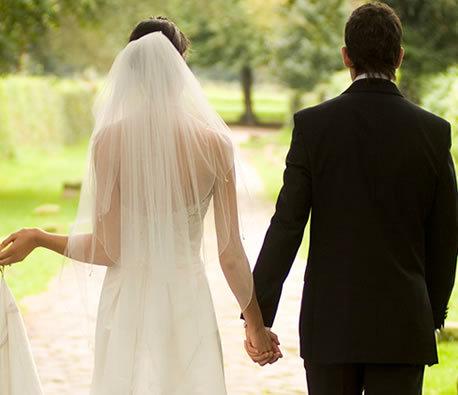 hôn nhân giả, showbiz Việt