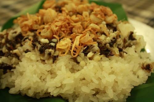trứng-kiến-gai-đen, trứng-kiến, đặc-sản, sức-khỏe, ngâm-rượu, Cao-Bằng, hút-khách