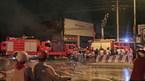 Hàng trăm xe máy cháy rụi trong đêm
