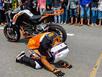 Tay đua mô tô Malaysia vái lạy khán giả Việt Nam