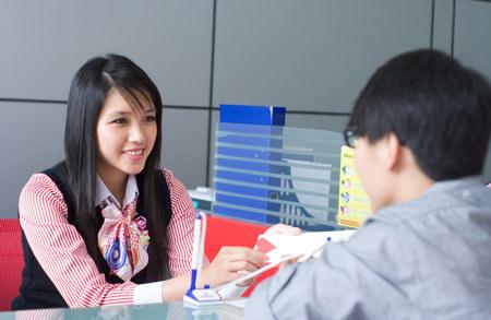 Ngân hàng Việt đầu tiên nhận bộ 4 giải thưởng quốc tế