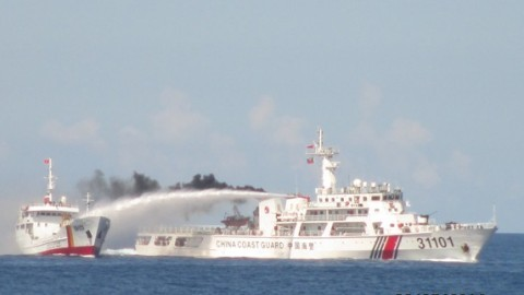 Giàn khoan HD-981, xâm phạm chủ quyền, TQ, bảo vệ biển đảo, Hoàng Sa, Trường Sa, biển Đông, yêu nước, vòi rồng, kiểm ngư, cảnh sát biển, chủ quyền quốc gia