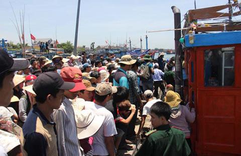 Ngư dân, người TQ, nguy kịch, Hoàng Sa, thiệt hại, tài sản