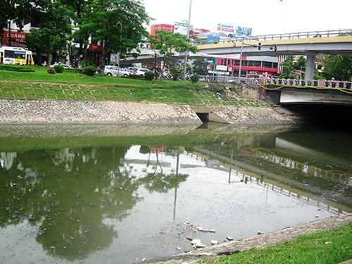 Không có sông, hồ nào ở Hà Nội không ô nhiễm