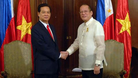 VN-Philippines chia sẻ quan ngại hành động của TQ