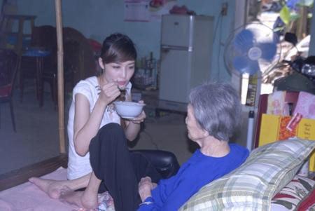Triệu Thị Hà, phơi ngô, scandal