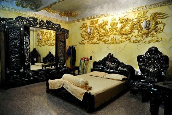 biệt thự triệu đô, Ngọc Sơn, Lý Hải, Trang Nhung