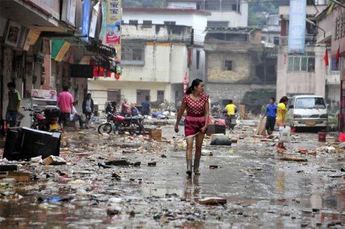 Trung Quốc, mưa, lụt, chết người, tử vong, tàn phá, tấn công