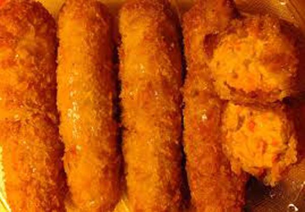 Nem bơ hải sản: Tôm cá ươn, mayonnaise đểu