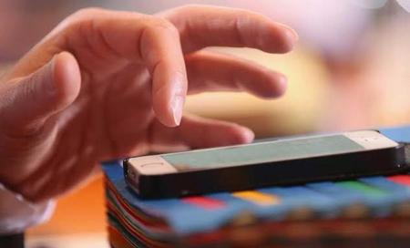 Cách bảo vệ iPhone trước nguy cơ bị hack, tống tiền