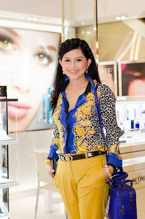 Nữ đại gia đẹp và hot hơn cả hoa hậu ở Việt Nam