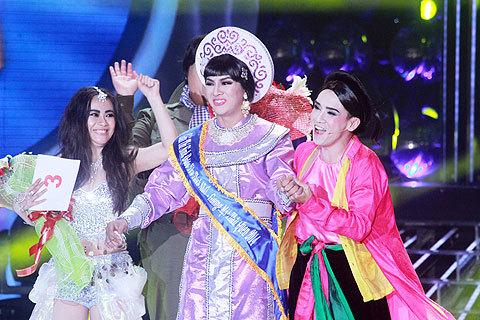 Hoài Lâm chiến thắng Gương mặt thân quen 2014