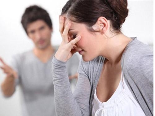 Địa ngục của vợ bị chồng đánh dã man rồi ép quan hệ
