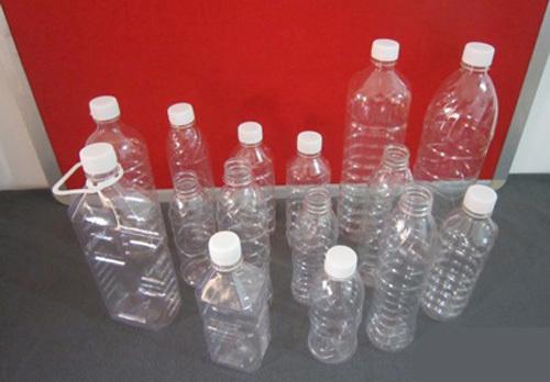 Học sếp Nhật từ chai nước uống thừa