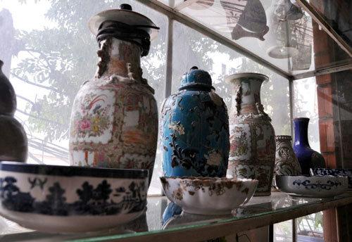 Ngắm kho đồ cổ 'khủng' của 'vua cổ vật Sài Gòn'