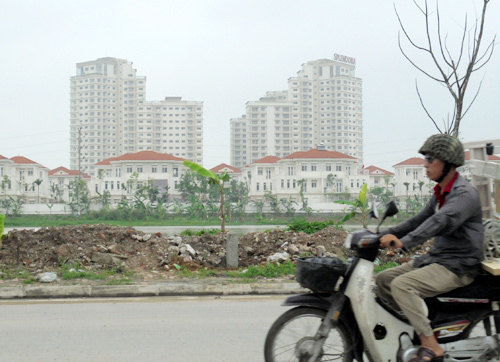 Hoang lạnh 'thiên đường' Thăng Long: Nơi chôn tiền đại gia