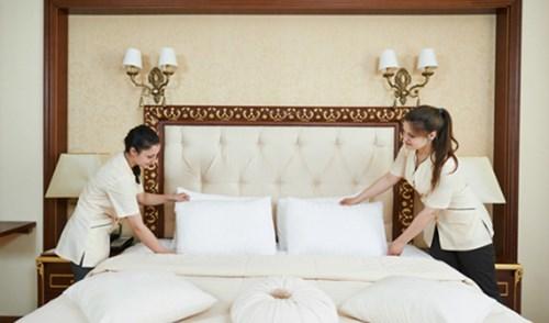 Tiền tip khách sạn hạng sang: Sao cho đúng điệu