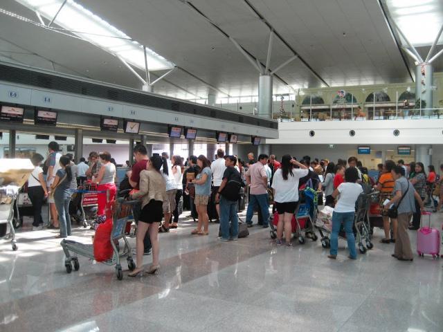 Con số giật mình về tỷ lệ chậm, hủy chuyến bay ở VN