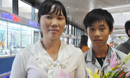 Cha mẹ phụ hồ, con trai giành HC Vàng toán quốc tế