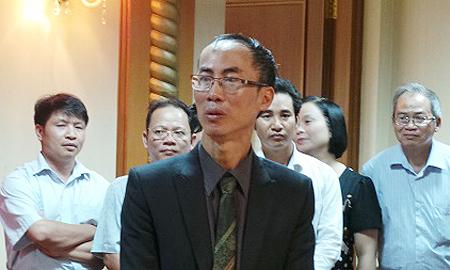 TS Lê Bá Khánh Trình kể chuyện đoàn thi toán quốc tế