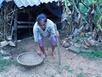 Chua xót cảnh người đàn bà 46 năm sống trong bạo bệnh