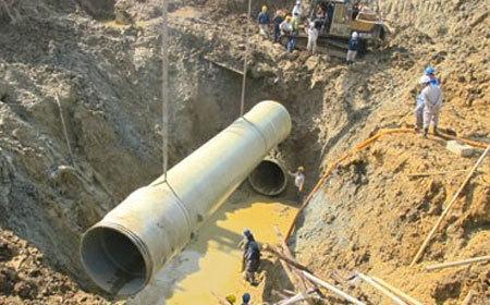 Vỡ ống nước: 'Điểm báo' vận hạn Vinaconex