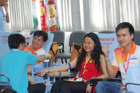 Nữ điều dưỡng viên 10 năm hiến máu