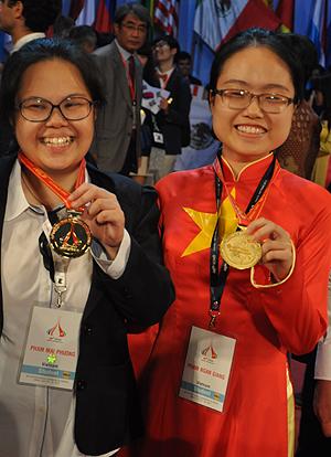 huy chương vàng, quốc tế, hóa học, Hà Nội Amterdam