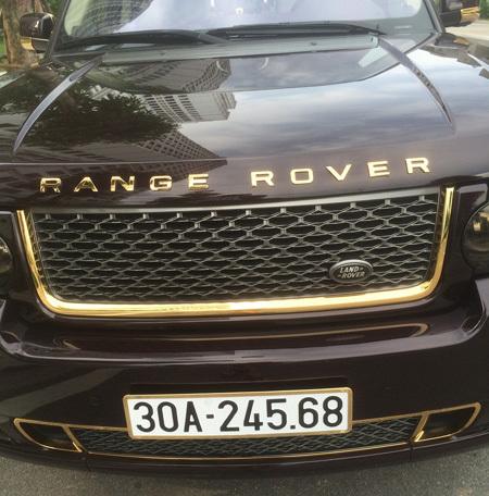 Bộ đôi siêu xe mạ vàng của đại gia đất mỏ