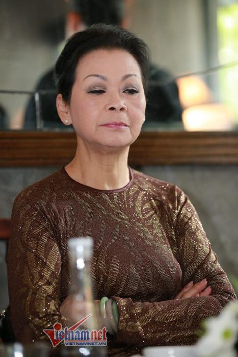 Khánh Ly kể chuyện to tiếng với chồng