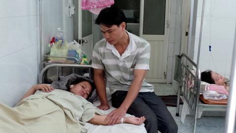 Thai nhi chết sau 24 giờ chờ đợi, bệnh viện 'phủi tay'