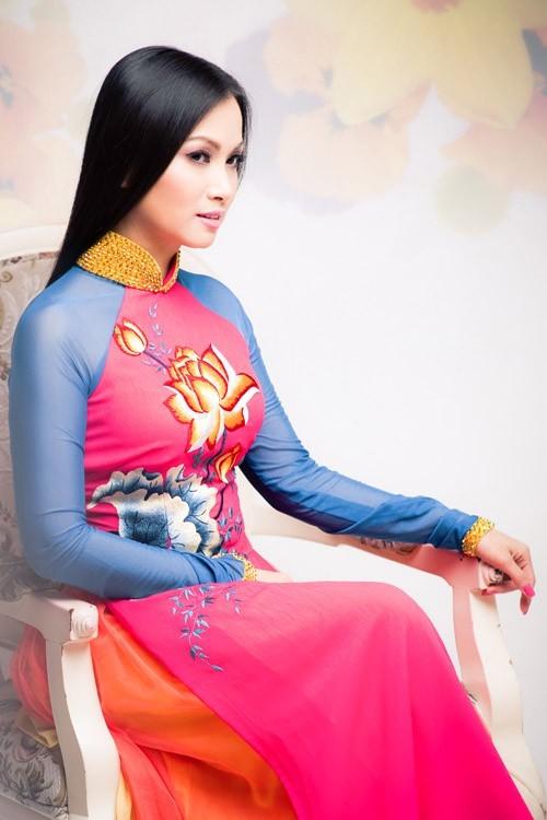 tỉ phú, Hà Phương