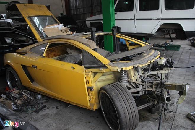 Thợ độ Hà Nội xẻ thịt siêu xe Lamborghini tiền tỷ