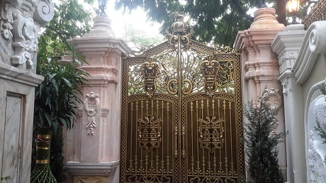 Biệt thự dát vàng nhất Hà Thành của đại gia kín tiếng